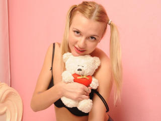 MelissaSweetX - Sexy live show with sex cam on XloveCam®