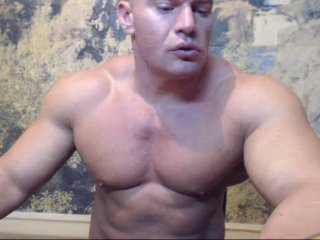 00MuscularGuy - Sexy live show with sex cam on XloveCam®