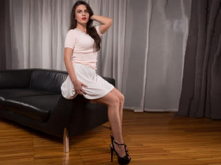 Lillah - Sexy live show with sex cam on XloveCam