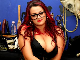 BoobsMilfx - Sexy live show with sex cam on XloveCam®