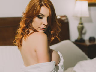 MoonGirl - Sexy live show with sex cam on XloveCam