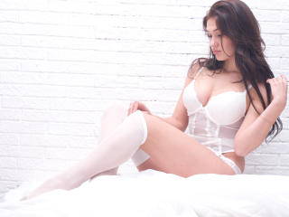 RedPetal - Sexy live show with sex cam on XloveCam