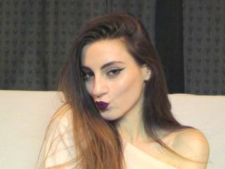 KendallKitten - Sexy live show with sex cam on XloveCam®