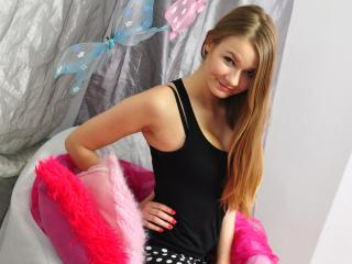JuliaCherry - Sexy live show with sex cam on XloveCam®