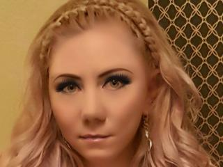 Chrystyna - Sexy live show with sex cam on XloveCam®