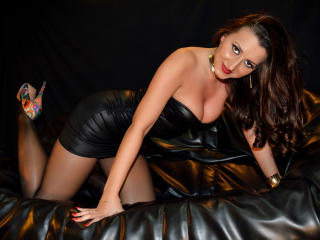 SPICYMEL - Sexy live show with sex cam on XloveCam®