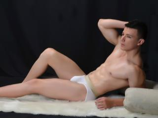 BastianMeyers - Sexy live show with sex cam on XloveCam®