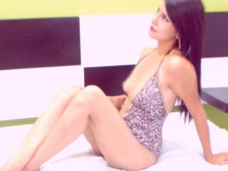 PervertVictoria - Sexy live show with sex cam on XloveCam®
