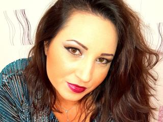PresDuPlaisir - Sexy live show with sex cam on XloveCam
