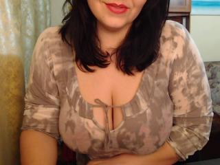TheCurvy69 - Sexy live show with sex cam on XloveCam®