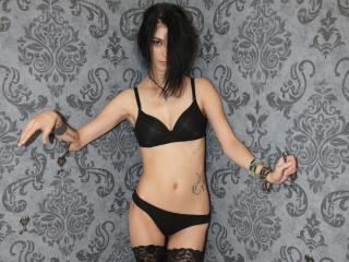 AshleyEvanss - Sexy live show with sex cam on XloveCam®