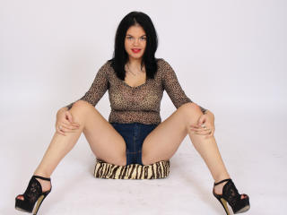 SelleneDoux - Sexy live show with sex cam on XloveCam®