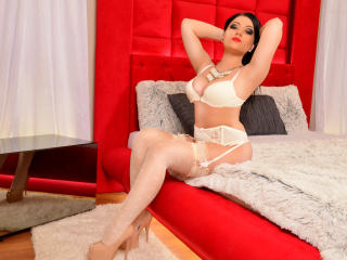 NikkiBlake - Sexy live show with sex cam on XloveCam®