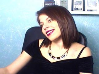 SophiaGreens - Sexy live show with sex cam on XloveCam®