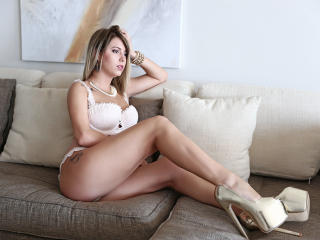 SasyX - Sexy live show with sex cam on XloveCam®