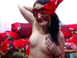 LisaUnique - Sexy live show with sex cam on XloveCam®