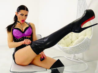 SherlisMoon - Sexy live show with sex cam on XloveCam®
