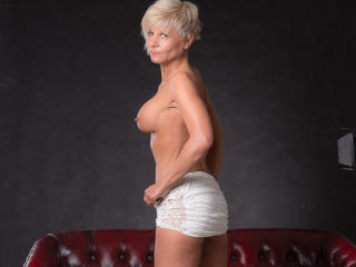 Tequilagold - Sexy live show with sex cam on XloveCam®