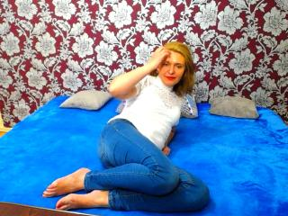 RoxanaSugar - Sexy live show with sex cam on XloveCam®