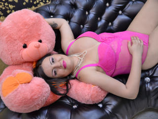 QueenScarlet - Sexy live show with sex cam on XloveCam®