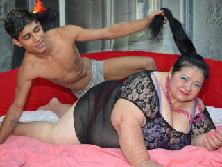 BigShowHotCouple - Sexy live show with sex cam on XloveCam®