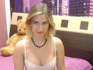 CamaliyaVip - Sexy live show with sex cam on XloveCam®