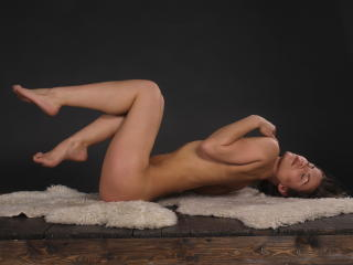 NikiSkyler - Sexy live show with sex cam on XloveCam®