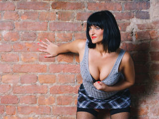 AizaShake - Sexy live show with sex cam on XloveCam®