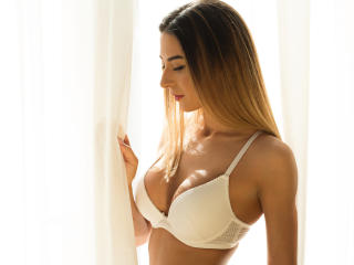 Ysssa - Sexy live show with sex cam on XloveCam®