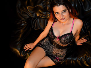 WildIvona - Sexy live show with sex cam on XloveCam®