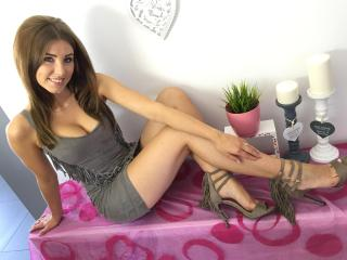 LadyLuxuria - Sexy live show with sex cam on XloveCam®