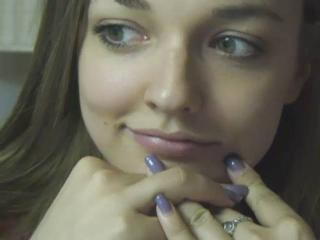 AmyTheFro - Sexy live show with sex cam on XloveCam®