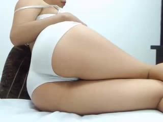 BeautifulHanna - Sexy live show with sex cam on XloveCam®