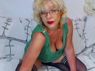 BlondeHouseWife - Sexy live show with sex cam on XloveCam®