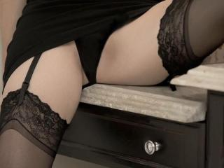 Emerald - Sexy live show with sex cam on XloveCam®