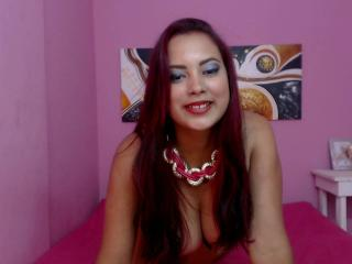 PassionateLauraX - Sexy live show with sex cam on XloveCam