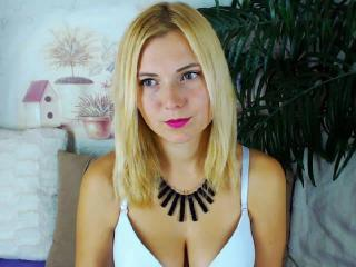 Sunflare - Sexy live show with sex cam on XloveCam®