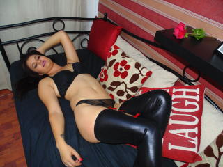 OliviaFoxxy - Sexy live show with sex cam on XloveCam®