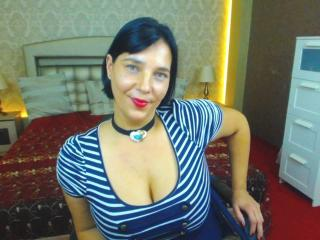 LinVera - Sexy live show with sex cam on XloveCam®