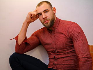 TonyTatto - Sexy live show with sex cam on XloveCam®