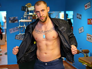 TonyTatto - Sexy live show with sex cam on XloveCam