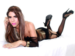 DannaLebrumX - Sexy live show with sex cam on XloveCam