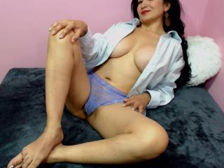 MatureBella - Sexy show en live webcam-sex op XloveCam®