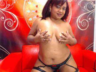 DanaSquirt - Sexy live show with sex cam on XloveCam®