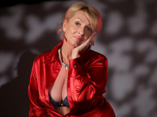 HotBlondeLadyX - Show sexy et webcam hard sex en direct sur XloveCam®