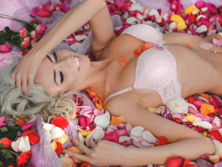 JollyLindsay - Sexy live show with sex cam on XloveCam®