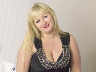 MarinaSweet - Sexy live show with sex cam on XloveCam®