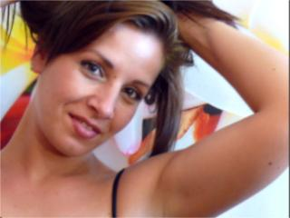 MissChatte - Sexy live show with sex cam on XloveCam®