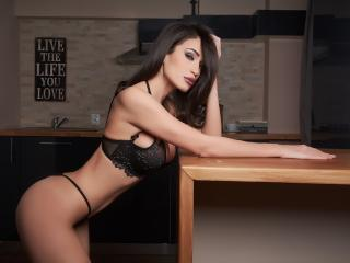 ElegantRebecca - Sexy live show with sex cam on XloveCam