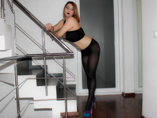 KathySin - Sexy live show with sex cam on XloveCam®